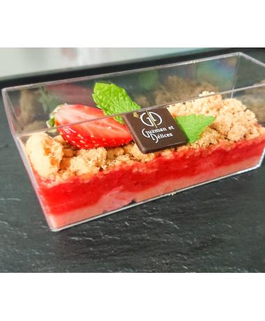 Crumble aux fraises Gariguette et rhubarbe